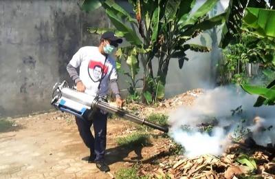 Antispasi DBD, Caleg Perindo Beri <i>Fogging</i> Gratis untuk Warga