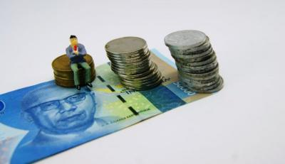 Bergerak Dua Arah, Rupiah Masih di Level Rp14.000 USD