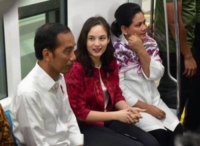 Presiden Jokowi Pastikan MRT Jakarta Sudah Siap Beroperasi