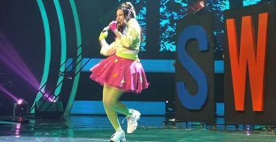 Virza Tampil Cerah Ceria dengan Lagu Thank U, Next