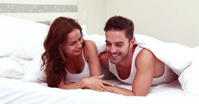 Pegging, Teknik Bercinta Ekstrem yang Lagi Tren, Suami Berani Coba?