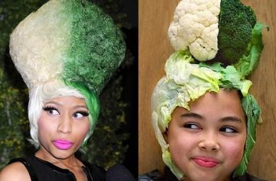 Pakai Sayur dan Peralatan Dapur, Bocah Ini Tiru Outfit Artis-Artis Hollywood