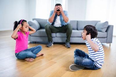 5 Langkah Ajarkan Anak untuk Berbagi Mainan