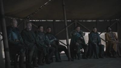 Setelah Gelas Kopi, Giliran Botol Plastik Muncul di Game of Thrones