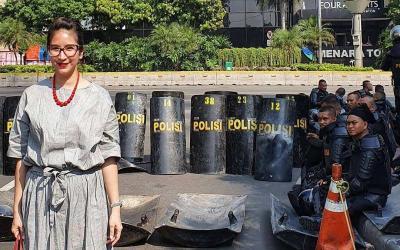 Novita Angie hingga Ronal Surapradja Mejeng di Lokasi Demo 22 Mei