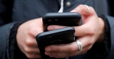 Beredar Broadcast WhatsApp Nomor Ponsel Sandiaga Uno hingga Neno Warisman