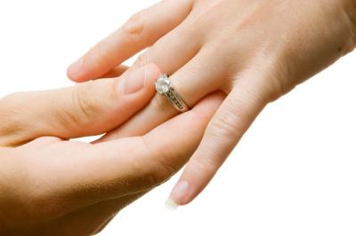Pernikahan Bukan Transaksi Jual Beli, Berapa Besaran Mahar yang Dianjurkan Islam?