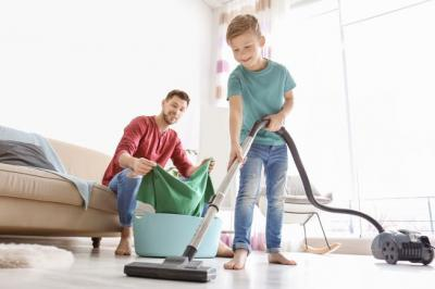 Anak yang Terbiasa Lakukan Pekerjaan Rumah Tangga Akan Jadi Orang Sukses