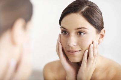 Ketahui Seputar AHA dan BHA dalam Produk Skincare