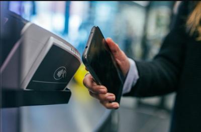 Fitur NFC Aman atau Tidak, Intip Penjelasannya
