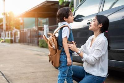 Anak Ngambek Tak Mau Sekolah di Hari Pertama? Ini 5 Tips Jitu Menghadapinya
