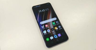 Jajal Realme X, Ponsel Kamera Pop-up dengan Fitur Fingerprint Bawah Layar