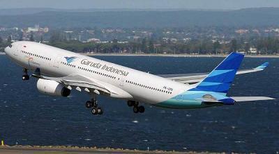 Garuda Indonesia Melarang Penumpang Foto di Dalam Pesawat
