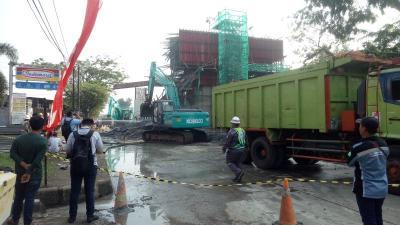 Kerugian Beton Proyek Tol BORR Ambruk Capai Rp1 Miliar