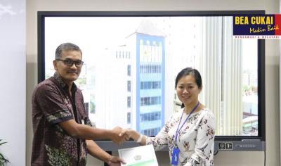 Perusahaan Pengekspor Tas dan Topi di Semarang Dapat Fasilitas Kawasan Berikat