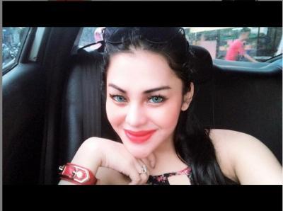 Lawan Santet, DJ Ola Harus Ritual Mandi dengan Daun Sirih Merah 3 Bulan