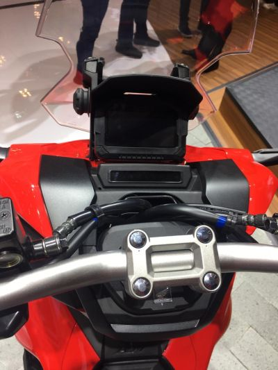 Matik untuk Berpetualang, Ini Spesifikasi Motor Honda ADV 150