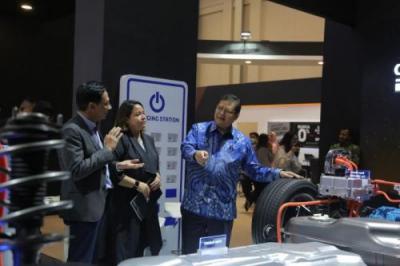 Indonesia Siap Bangun Pabrik Baterai Li-thium Dukung Mobil Ramah Lingkungan