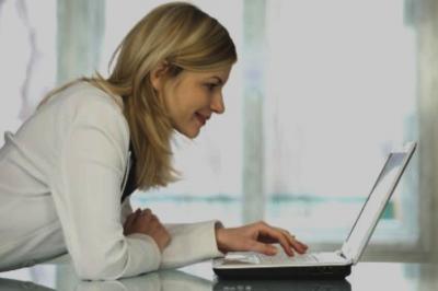 Perempuan Zaman Sekarang Mesti Go Online