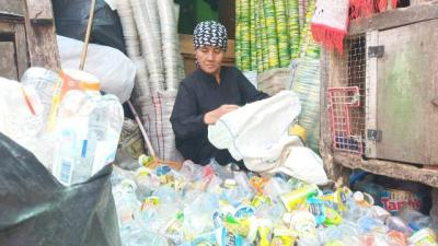 Perjuangan Nenek Maryani Jadi Pemulung hingga Bisa Pergi Haji