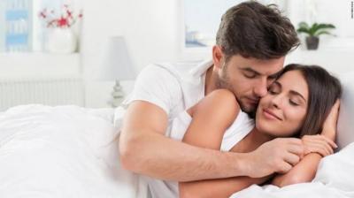 Sering Begadang Bikin Pasangan Kurang 'Greng' di Ranjang