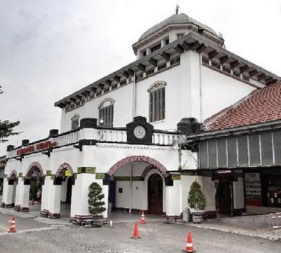 Patung Bung Karno dan Air Mancur Menari Siap Hiasi Stasiun Tawang!