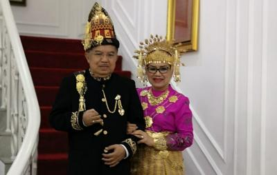 Tentang JK yang Berpakaian Adat Aceh di HUT RI Terakhir Sebagai Wapres