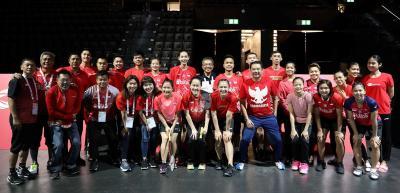 Tim Bulu Tangkis Indonesia Kompak Berseragam Merah untuk Peringati Hari Kemerdekaan