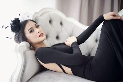 5 Bukti Sandra Dewi Tetap Cantik meski Hamil Tua