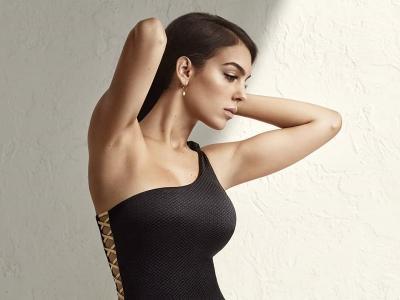 Seksinya Georgina Rodriguez, Pacar Cristiano Ronaldo yang Jadi Model Pakaian Dalam