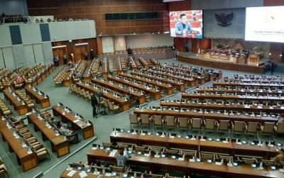 Rapat Paripurna P2APBN Hanya Dihadiri 292 Anggota DPR