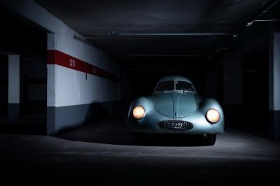 Miliki Banderol Selangit, Mobil Porsche Bekas Tentara Nazi Gagal Terjual