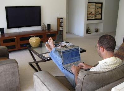 Bosan Kerja Kantoran? Intip 8 Bisnis yang Dilakukan di Rumah!