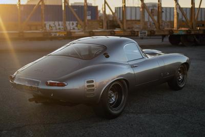 Modifikasi Mobil Ini Dibangun Selama 8 Tahun
