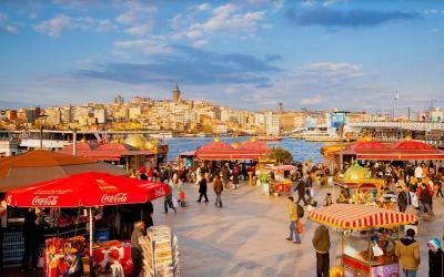 5 Negara Tawarkan Makanan Halal buat Traveler Muslim