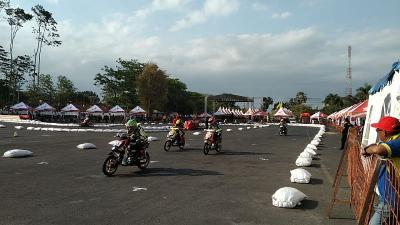 Balapan HDC 2019 di Malang Jadi Hiburan untuk Penduduk Sekitar Stadion Kanjuruhan