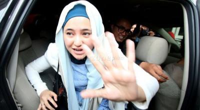 3 Artis yang Melepas Hijab sehingga Menimbulkan Kontroversi