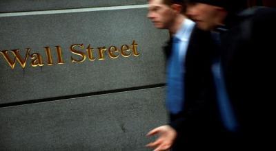Wall Street Dibuka Menguat Ditopang Saham-Saham Energi dan Turunnya Fed Rate
