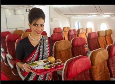 Atasi Kesulitan Dana, Maskapai India Beri Makanan Rendah Lemak Selama Penerbangan