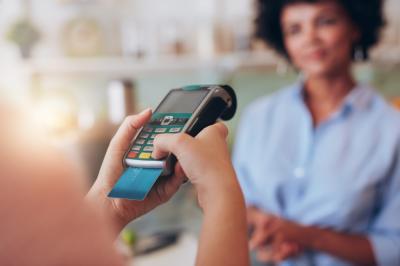 Sebelum Putuskan Pakai Kartu Kredit, Perhatikan 5 Hal Ini