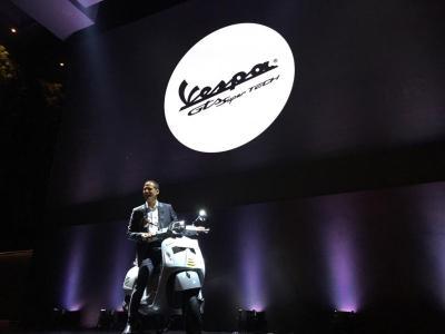 Vespa Tak Gentar Bersaing dengan Produk Skutik Premium Jepang