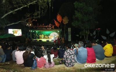 Gerimis Tak Hentikan Semangat Penonton Saksikan Festival Jatiluwih 2019