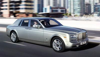 Mobil Mewah Seharga Miliaran yang Digunakan Artis Hollywood untuk Liburan
