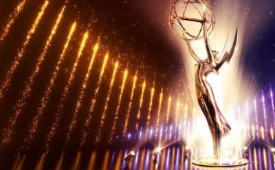 Deretan Busana Terbaik di Emmy Awards 2019, Game of Throne Kuasai Red Carpet!