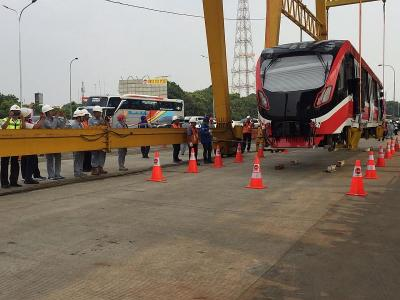 Sudah Naik Rel, Uji Coba LRT Jabodebek Mulai 18 Oktober