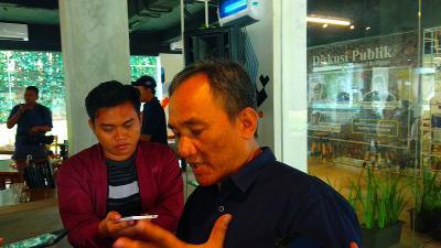 Andi Arief Khawatir Pertemuan Prabowo dan Surya Paloh Hidupkan Lagi Demokrasi Terpimpin
