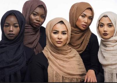 4 Ide Padu-padan Hijab yang Cocok untuk Kulit Sawo Matang
