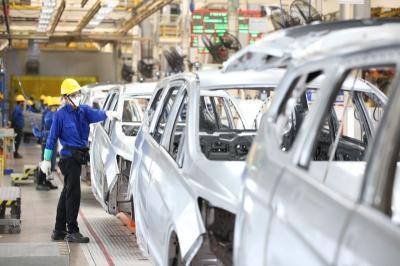 6 Pekerjaan di Pabrik Mobil yang Belum Bisa Digantikan Robot