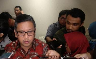 PDIP Doa Bersama dan Potong Tumpeng Syukuran Pelantikan Jokowi-Ma'ruf