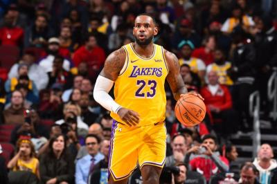 Bulls vs Lakers Diwarnai Comeback Dramatis dan Rekor LeBron
